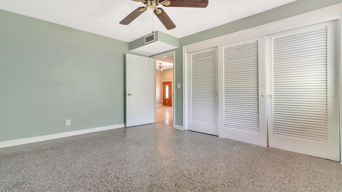 3909 Eastview Avenue West Palm Beach, FL 33407 photo 12
