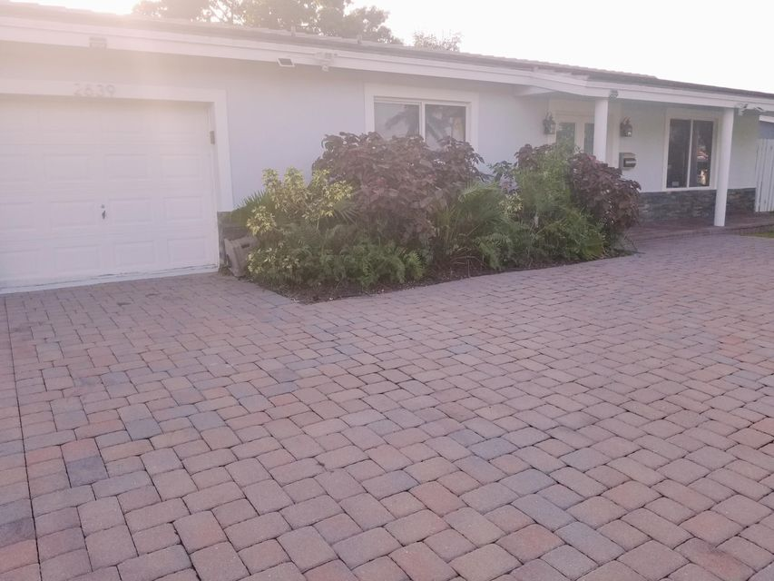 Home for sale in VILLAS Wilton Manors Florida