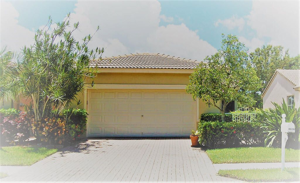 8630 Lineyard Cay West Palm Beach, FL 33411