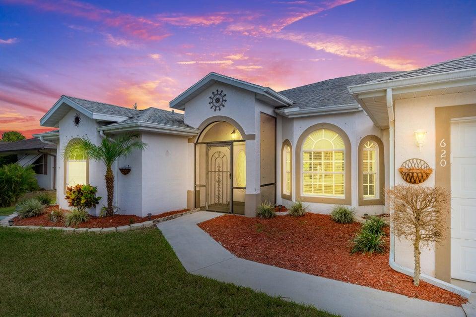 620 SE Evergreen Terrace  Port Saint Lucie FL 34983