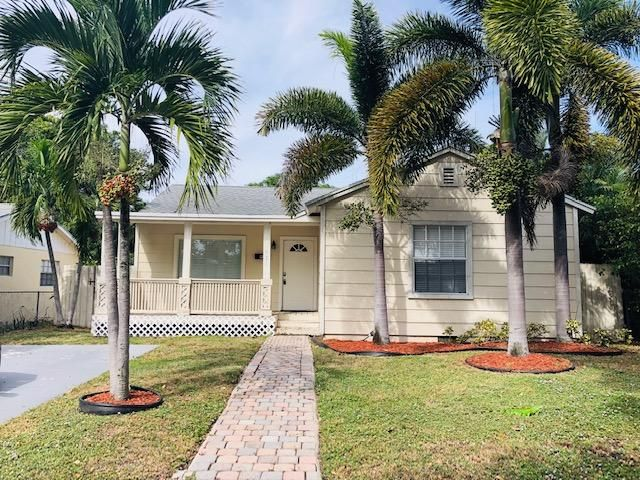 Home for sale in BELLE VUE ADD TO WPB West Palm Beach Florida