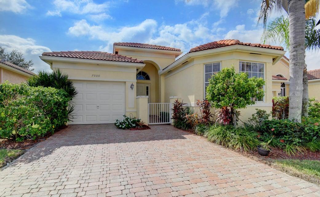 7050 Del Corso Lane  Delray Beach, FL 33446