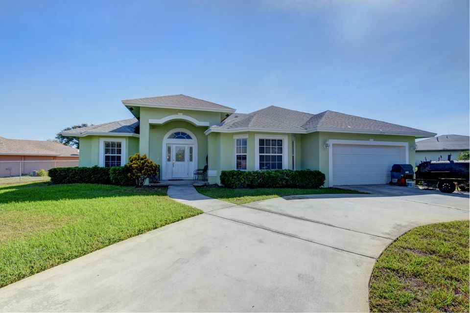 Home for sale in BOYNTON HILLS IN Boynton Beach Florida