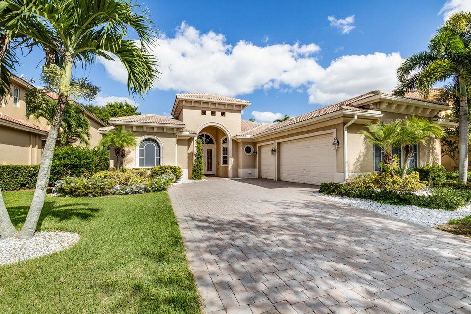 610 Edgebrook Lane West Palm Beach, FL 33411