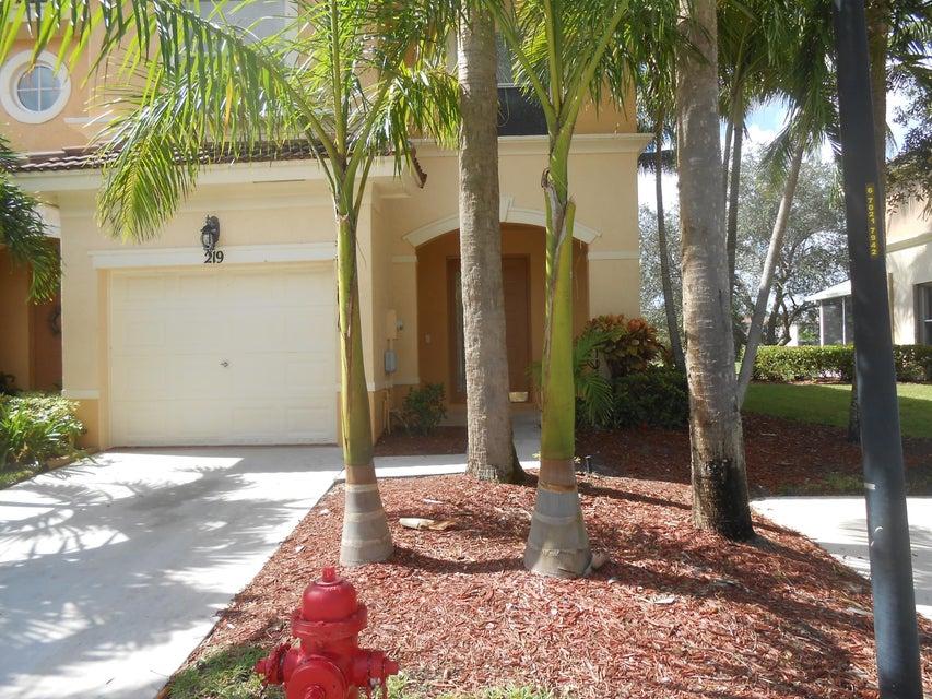 219 River Bluff Lane Royal Palm Beach, FL 33411