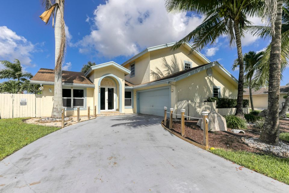Home for sale in Lakewood East Coconut Creek Florida