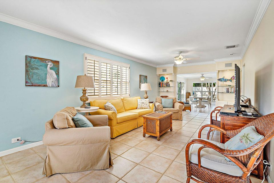 1009 Nassau Street Delray Beach FL 33483 - photo 5