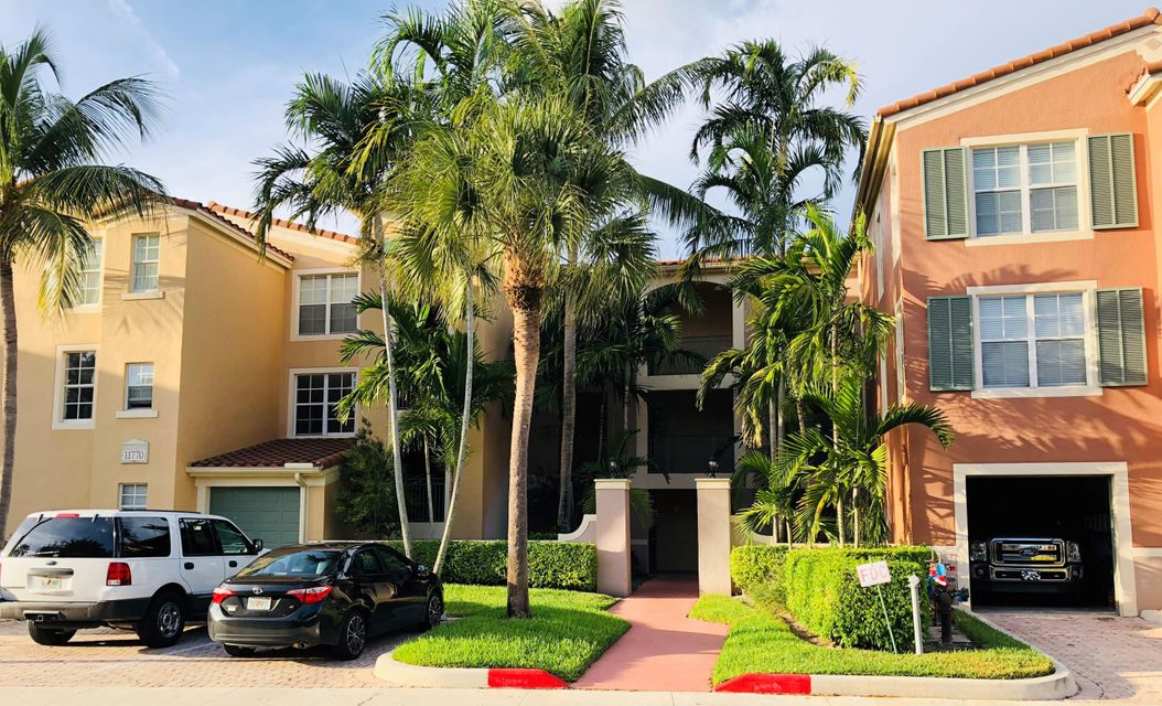 11770 St  Andrews Place 102  Wellington FL 33414