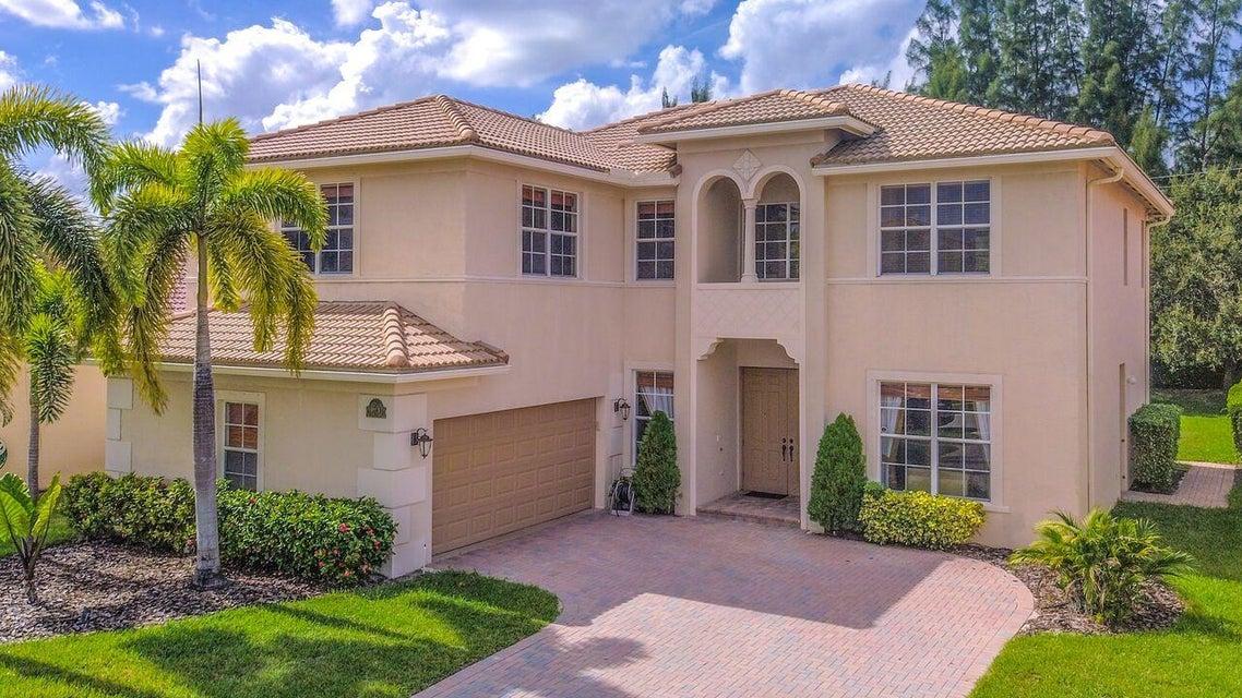 194 Bella Vista Way Royal Palm Beach, FL 33411