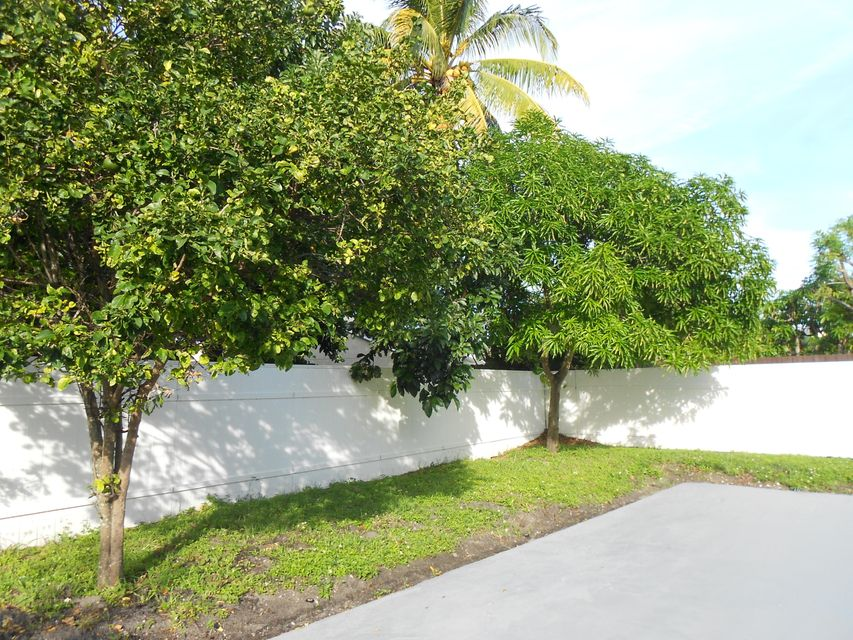 5879 Triphammer Road Lake Worth, FL 33463 small photo 7