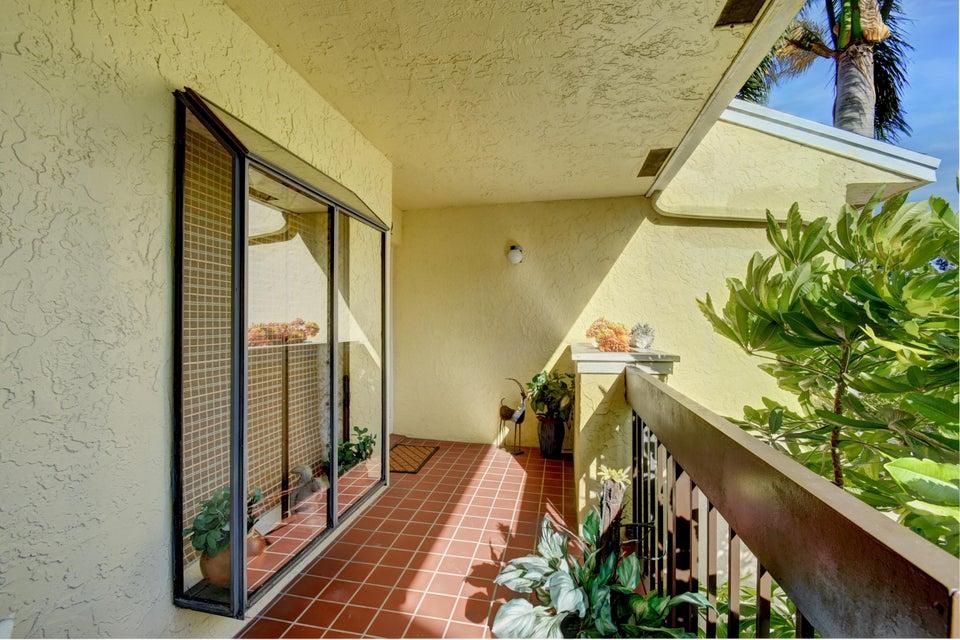 5187 Oakhill Lane 622 Delray Beach, FL 33484 photo 5