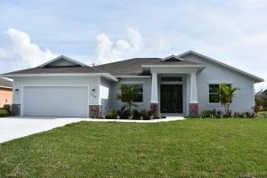 4472 SW Gadshaw Road, Port Saint Lucie, Florida