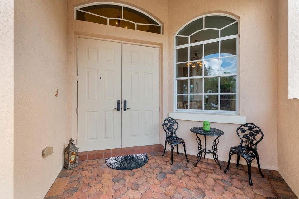 9646 Osprey Isles Boulevard Palm Beach Gardens, FL 33412 photo 3