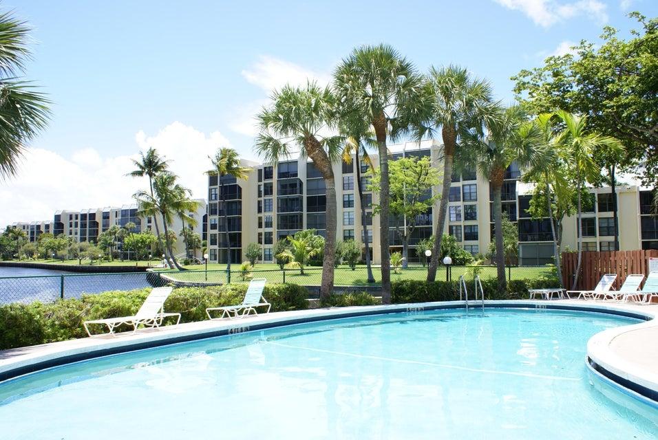 7 Royal Palm Way Boca Raton FL 33432 - photo 23