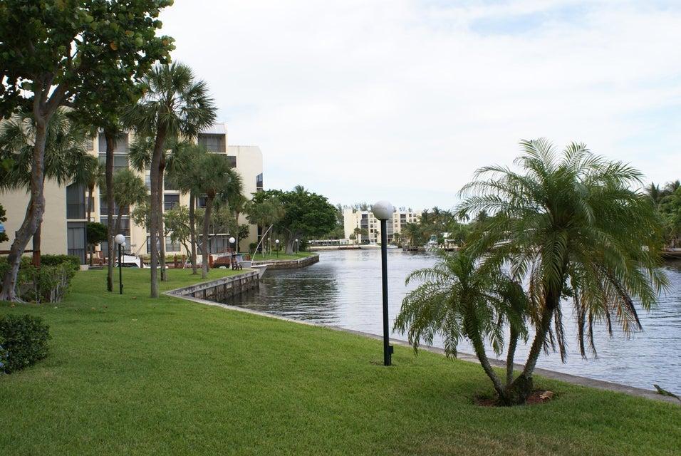 7 Royal Palm Way Boca Raton FL 33432 - photo 25
