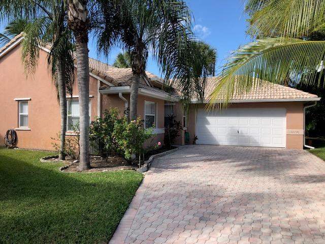 13279 Majestic Pine Court  Delray Beach FL 33484