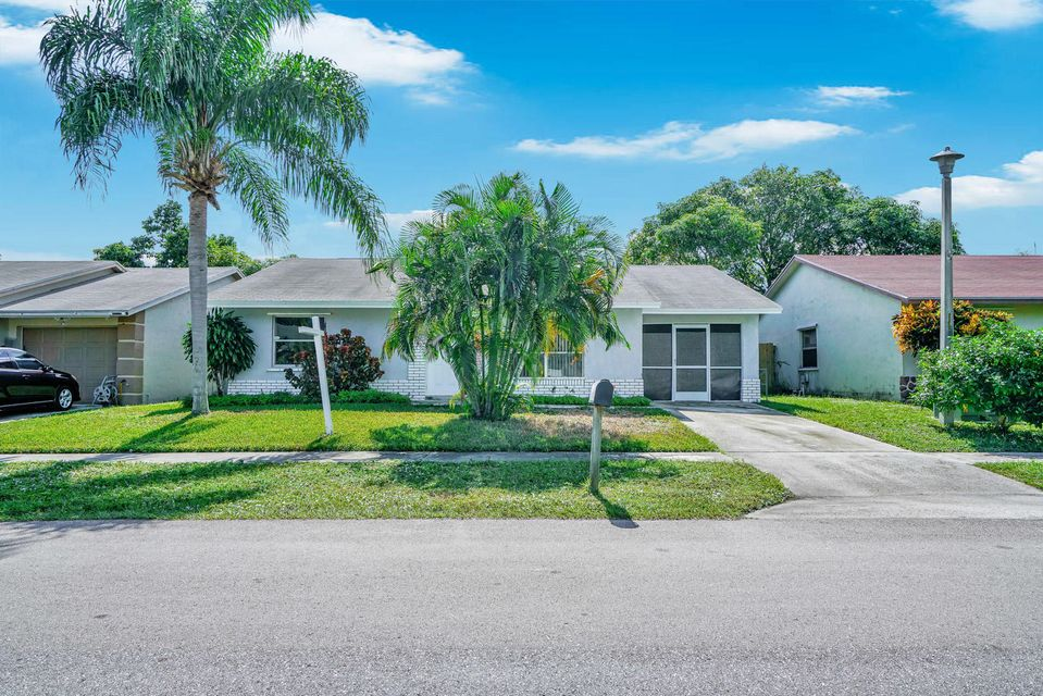 6133 Wauconda Way Lake Worth, FL 33463