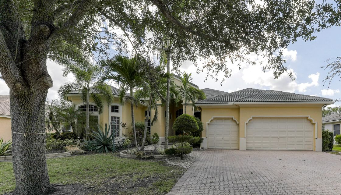 Home for sale in Fox Ridge Parkland Florida
