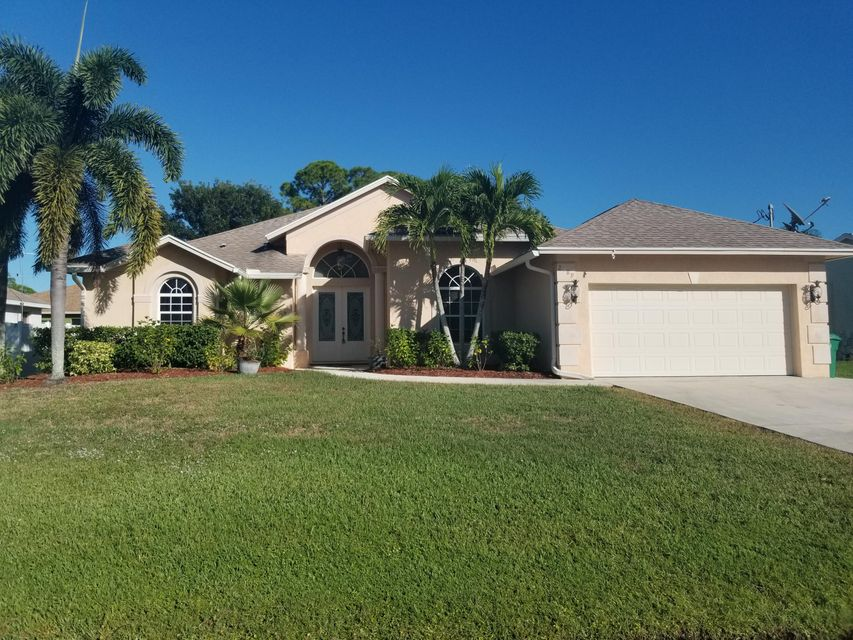 2489 SW Mercer Street, Port Saint Lucie, Florida