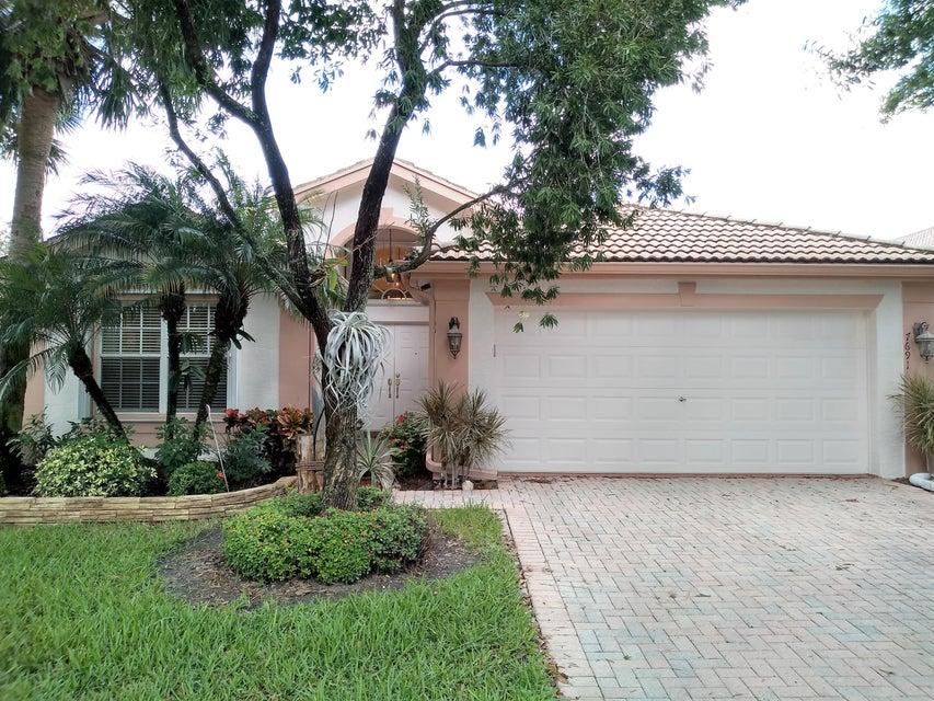 Home for sale in Wall Down Boynton Beach Florida