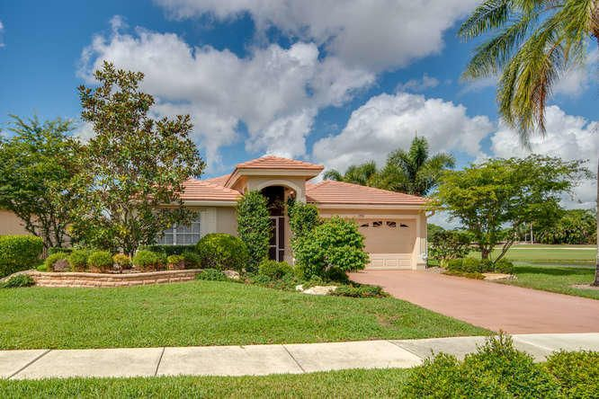 Home for sale in LAKEFIELD NORTH Wellington Florida