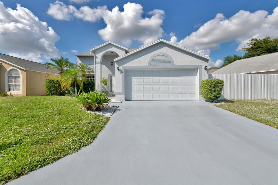 Home for sale in BOYNTON LAKES 6-A Boynton Beach Florida