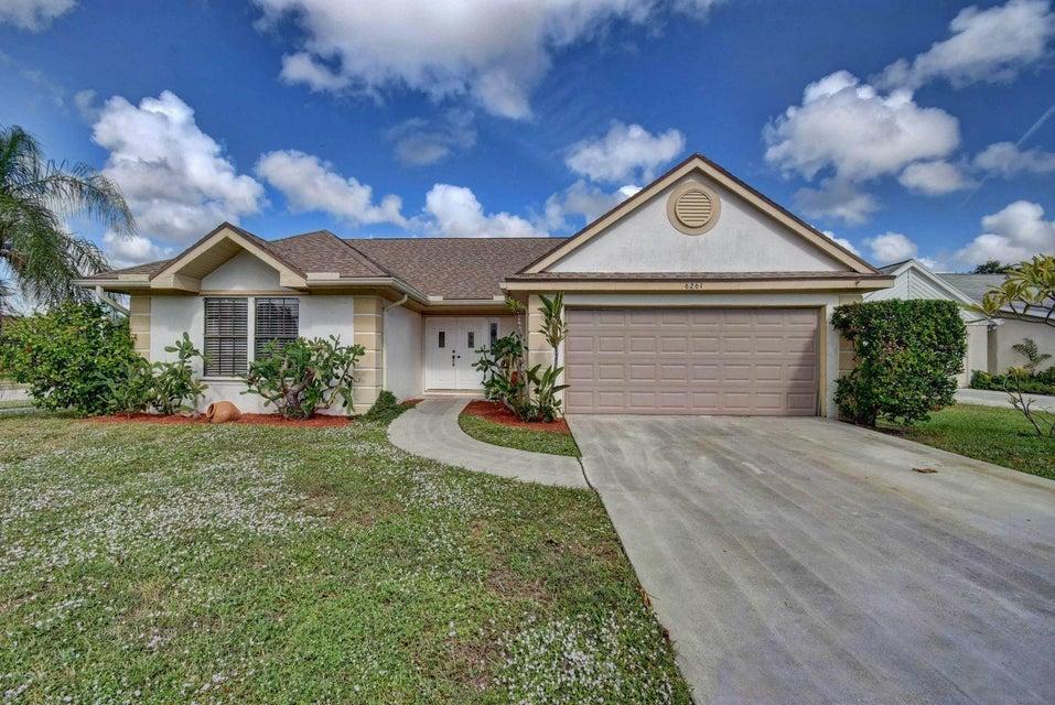 6261  Luana Court, Boynton Beach in Palm Beach County, FL 33437 Home for Sale