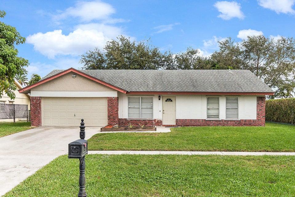 924 NW 11th Street, Boynton Beach in Palm Beach County, FL 33426 Home for Sale