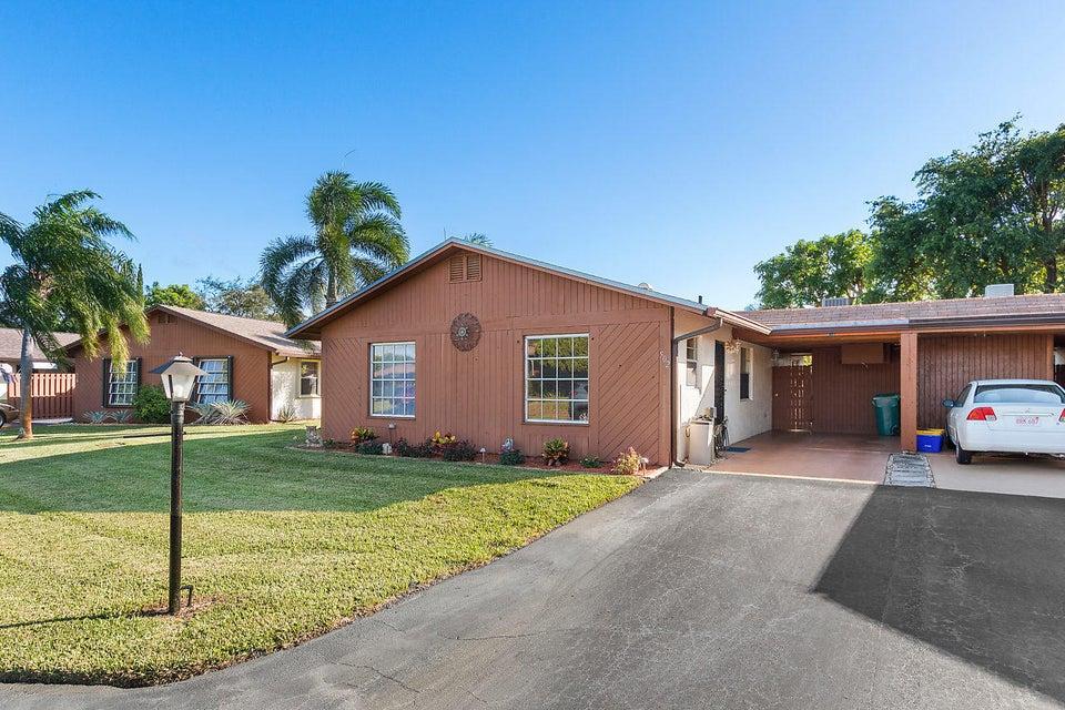 502 SE 27th Way, Boynton Beach in Palm Beach County, FL 33435 Home for Sale