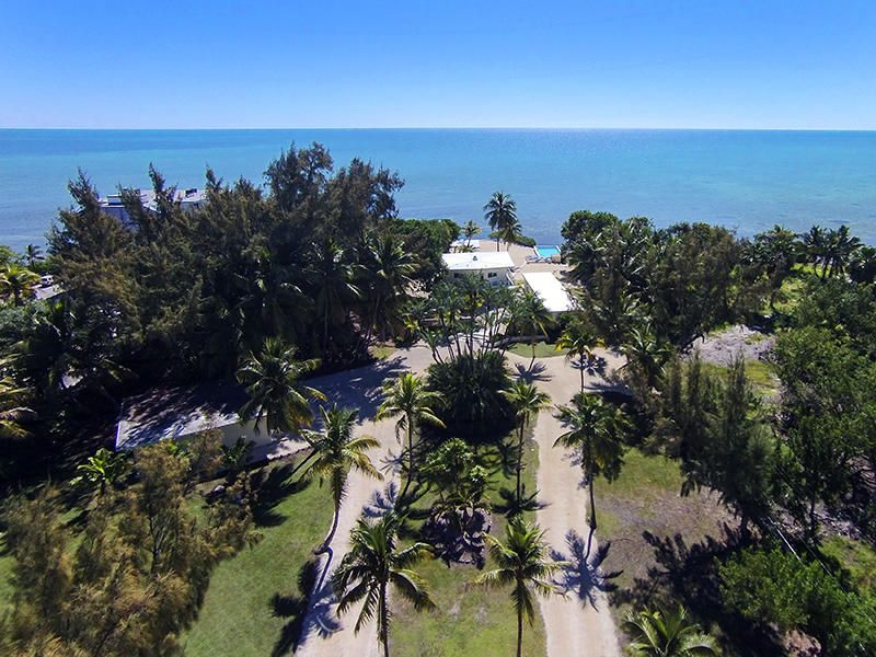 82703 OLD Highway, Upper Matecumbe Key Islamorada, FL 33036