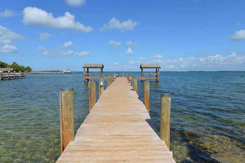 Commercial for Sale at 95320 Overseas Highway Key Largo, Florida 33037 United States
