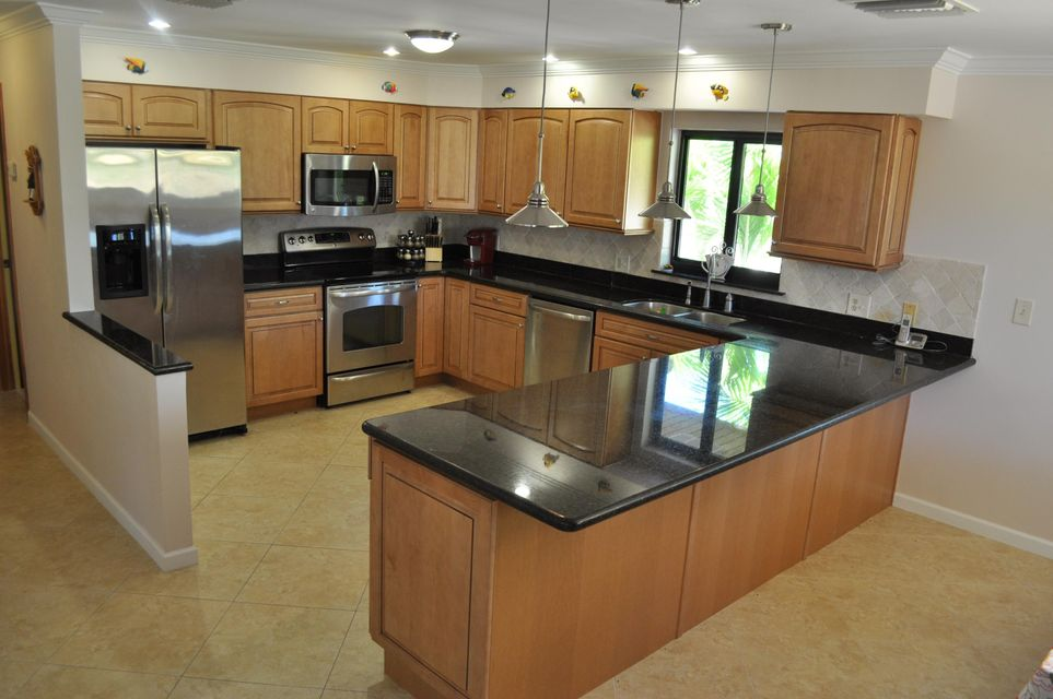 Additional photo for property listing at 112 ZANE GREY CREEK Drive  Long Key, Florida 33001 États-Unis
