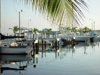 Additional photo for property listing at 94825 Overseas Highway  Key Largo, Florida 33037 Usa