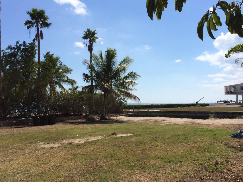 Additional photo for property listing at Treasure Harbor  Islamorada, Florida 33036 États-Unis