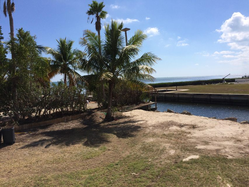 Additional photo for property listing at Treasure Harbor  Islamorada, Флорида 33036 Соединенные Штаты