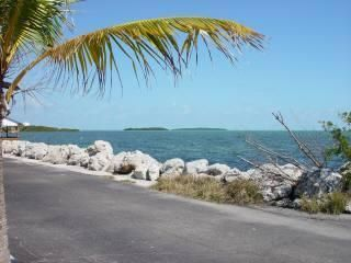 Additional photo for property listing at 94825 Overseas Highway  Key Largo, Florida 33037 United States