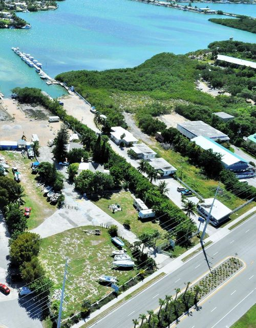 Additional photo for property listing at 12685 Overseas Highway 12685 Overseas Highway Marathon, 플로리다 33050 미국