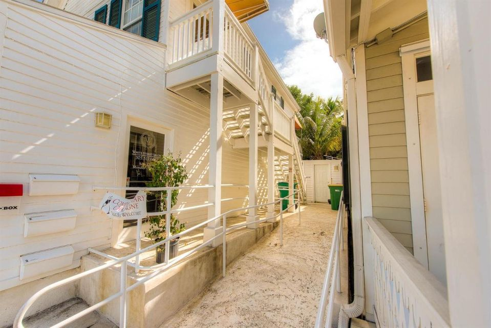 Additional photo for property listing at 1108 White Street  Key West, Флорида 33040 Соединенные Штаты