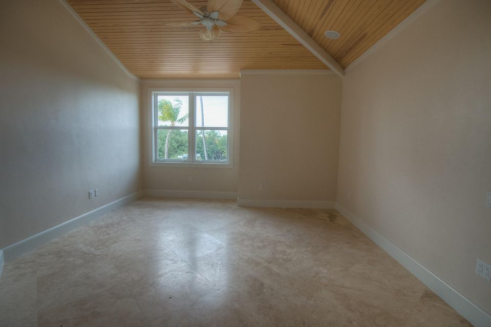 Additional photo for property listing at 77521 Overseas Highway  Islamorada, Florida 33036 Estados Unidos