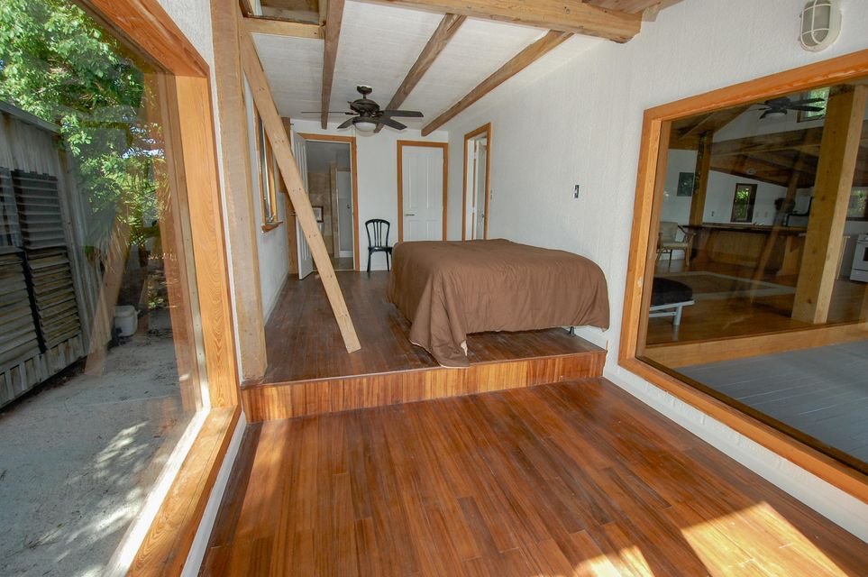 Additional photo for property listing at 3W Cooks Island  Big Pine Key, Florida 33043 Hoa Kỳ