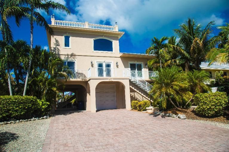 Additional photo for property listing at 1040 Gulf Drive 1040 Gulf Drive Summerland Key, Florida 33042 États-Unis