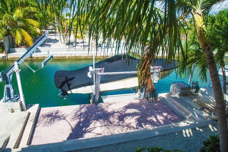 Additional photo for property listing at 1040 Gulf Drive 1040 Gulf Drive Summerland Key, Florida 33042 Estados Unidos