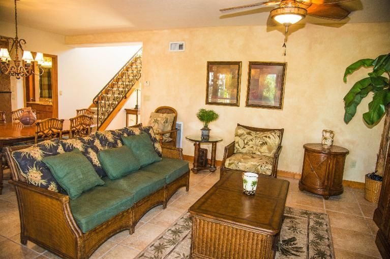 Additional photo for property listing at 1040 Gulf Drive  Summerland Key, Florida 33042 Hoa Kỳ