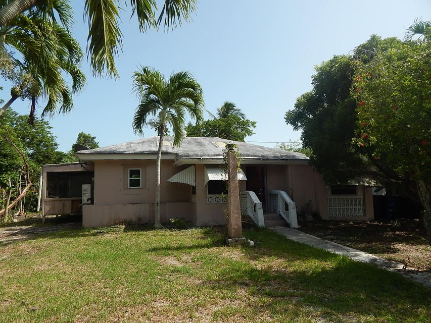 19680 Caloosa Street, Sugarloaf Key, FL 33042