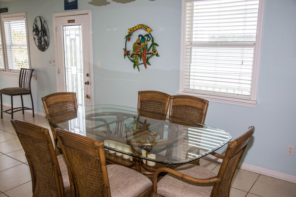 Additional photo for property listing at 815 Gulf Drive  Summerland Key, Florida 33042 Stati Uniti
