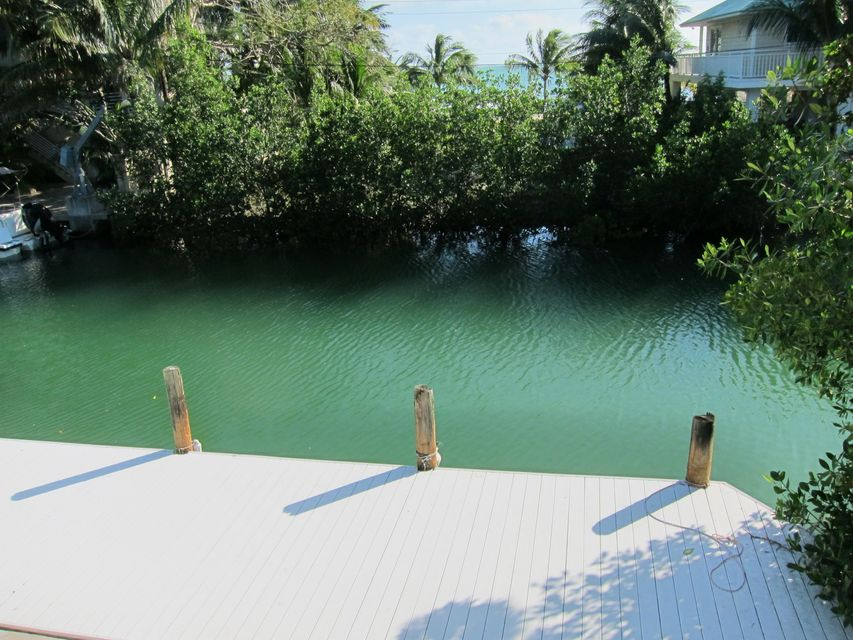 Additional photo for property listing at 23930 Overseas Highway  Summerland Key, Florida 33042 États-Unis