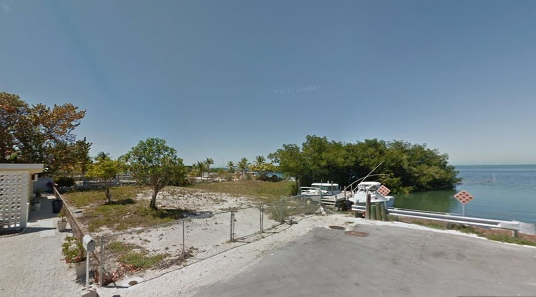 Additional photo for property listing at 711 61st Street  Marathon, Florida 33050 Usa