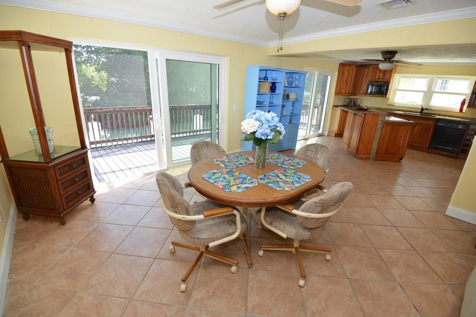 Additional photo for property listing at 900 W 63RD STREET OCEAN  Marathon, Florida 33050 Estados Unidos