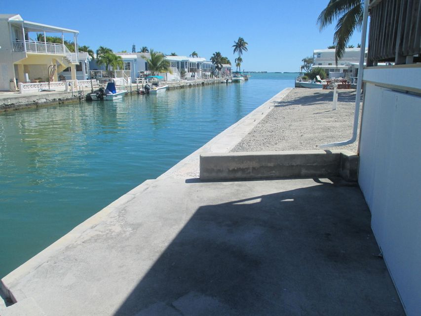 Additional photo for property listing at 701 Spanish Main Drive  Summerland Key, Флорида 33042 Соединенные Штаты