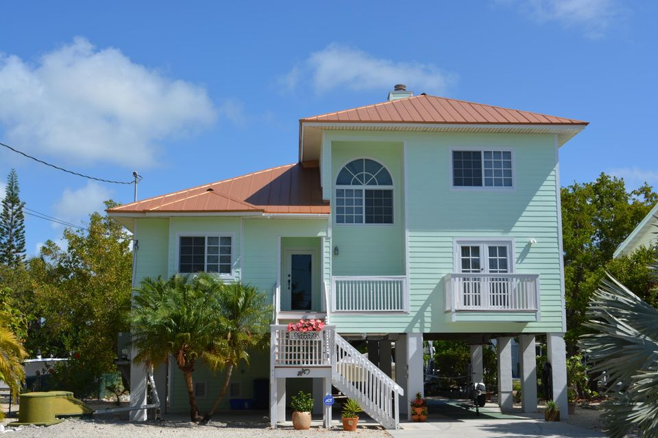 Casa Unifamiliar por un Venta en 27375 Barbuda Lane Summerland Key, Florida 33042 Estados Unidos